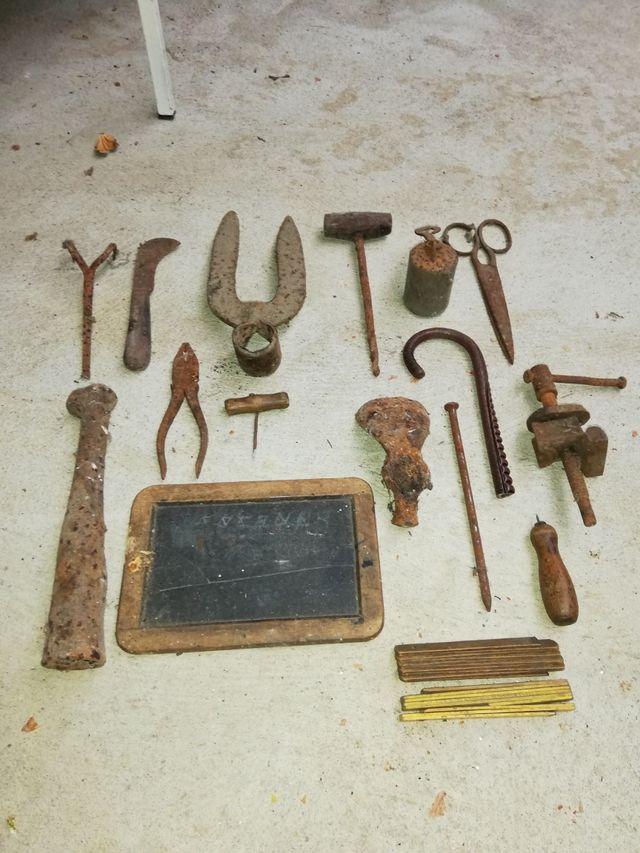 Objetos y aparatos antiguos variados