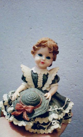 Muñeca de porcelana decoracion