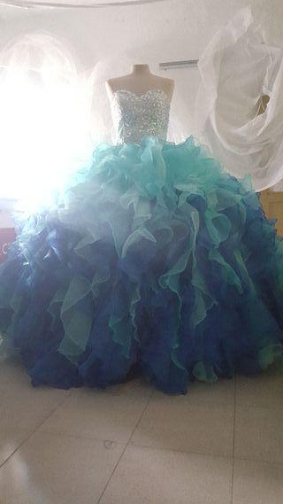 Vestido novia boda gitana quinceañera , comunión