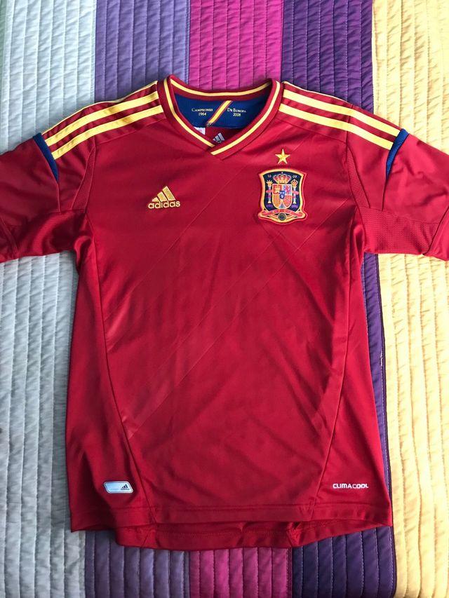 145b8008e1cb2 Camiseta fútbol España para niños de segunda mano por 8 € en Huelva ...