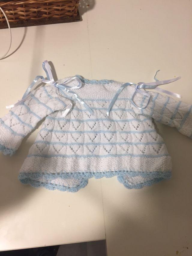Chaqueta bebe recién nacido de segunda mano por 3,5 € en Vitoria ...