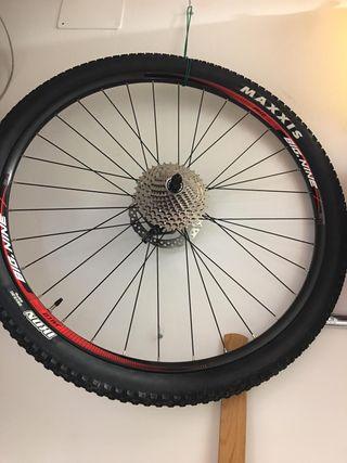 Ruedas de bicicleta de montaña