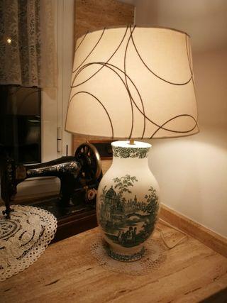 Lampara porcelana antigua