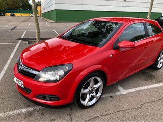 Opel Astra GTC 1.9 CDTI Cosmo 120cv