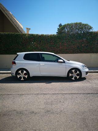 Volkswagen Golf GTI 210cv 3p 2010