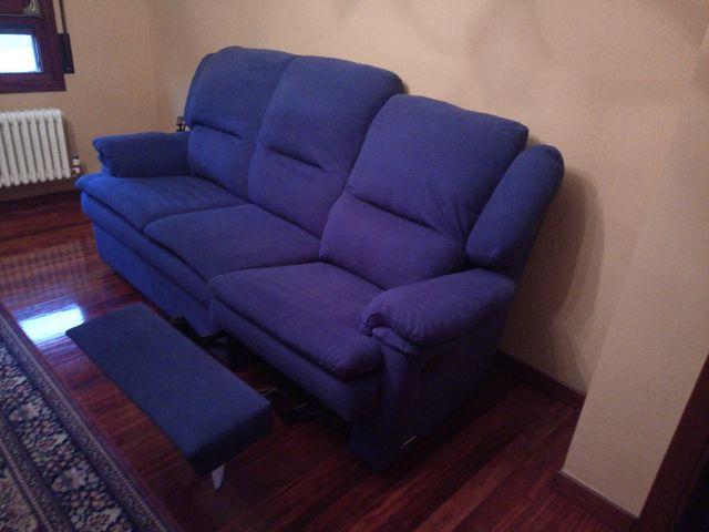 Sofa Tres Plazas De Segunda Mano Por 200 En Elorrio En