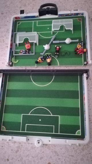 campo fútbol plymovil