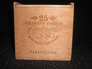 Antiguo Caja Madera Farias habana vacias 100