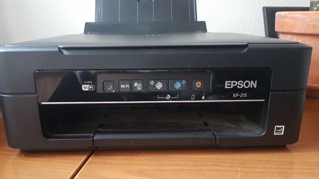 Impresora color multifunción inkjet Epson XP215
