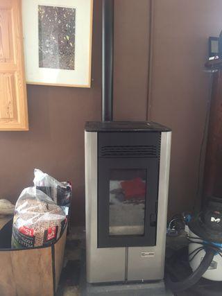 Estufa pellet canadian stove para 90m2, con aspira