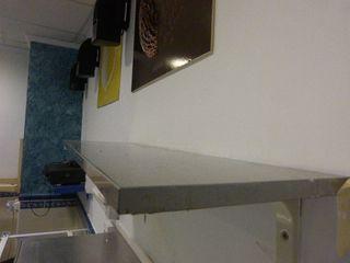 Lote Mobiliario de hostelería.Baldas muebles inox.