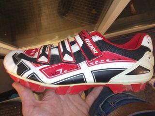 zapatillas de ciclismo con cala