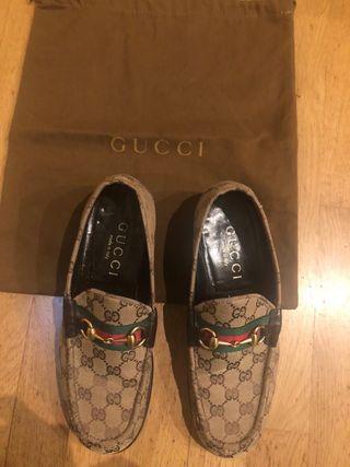 ea0fc455852f1 Mocasines Gucci de segunda mano en WALLAPOP