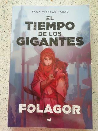Libro YouTuber Folagor El tiempo de los gigantes