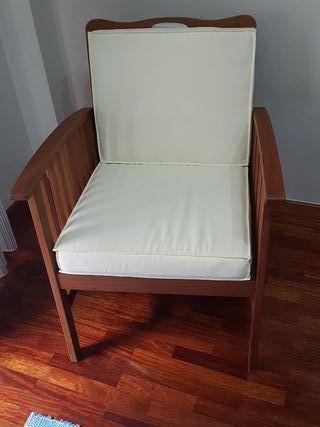 2 sillones de madera de teka