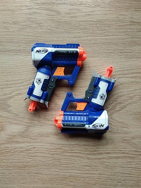 Pistolas gemelas Nerf
