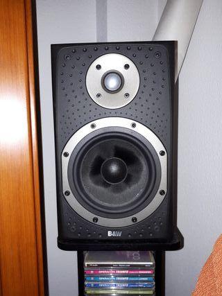 Altavoces estantería B&W DM303