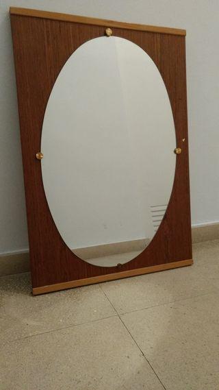 Espejo Vintage ovalado y madera