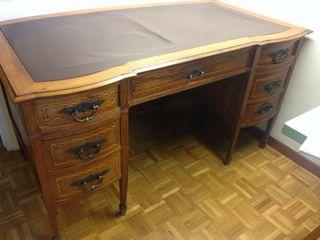 Mesa despacho antigua de segunda mano en madrid en wallapop - Mesas despacho segunda mano ...