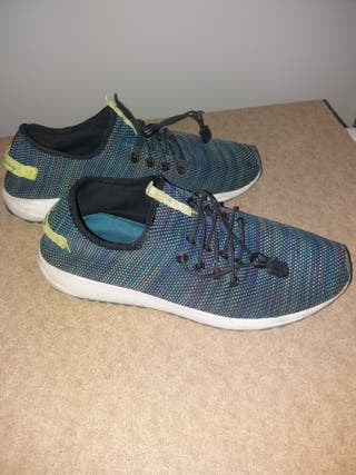 zapatillas deporte hombre T42