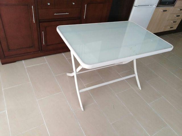 Mesa plegable cocina de segunda mano por 35 € en Terrassa en WALLAPOP