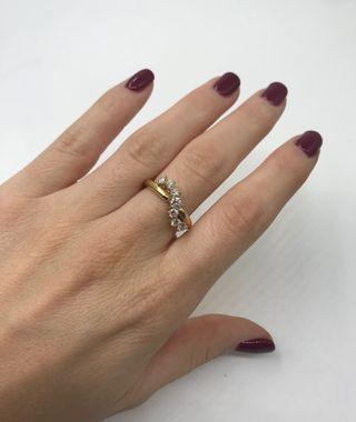 Anillo oro 18kt y diamantes