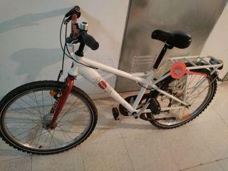 Bicicleta de paseo b'twin