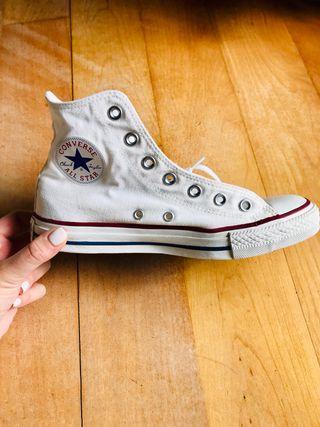 Converse All Star, prácticamente nuevas.