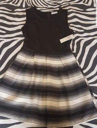 Lote de 4 vestidos