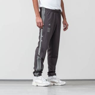 22a2fb8f39 Mano 100 Pantalones Por De En Grises € Adidas Segunda Calabasas TPXZq6