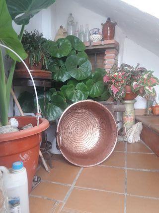 calderas calderines de cobre hay de varios tamaños