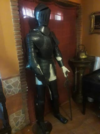 armadura de época antigua