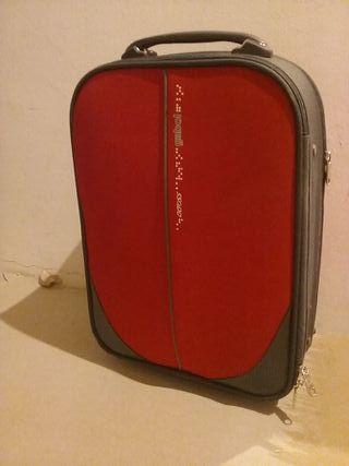 maleta de viaje gabol