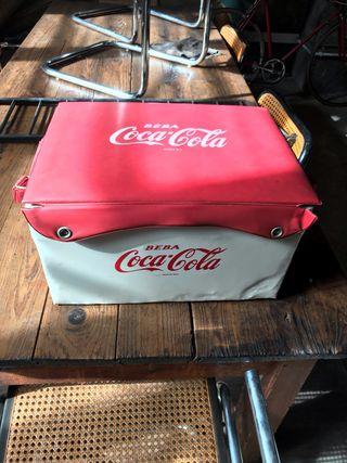 Nevera portátil vintage Coca Cola