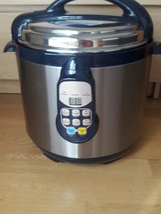 Robot de cocina a estrenar