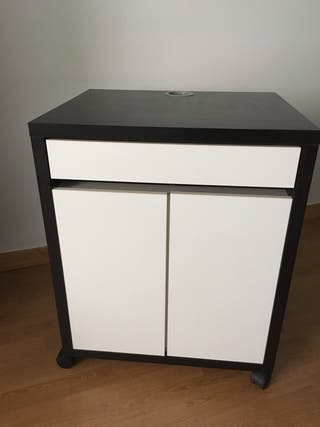 Consola Ikea