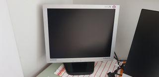 """monitor TFT 19"""""""