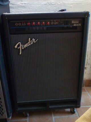 Ampl bajo Fender bxr300