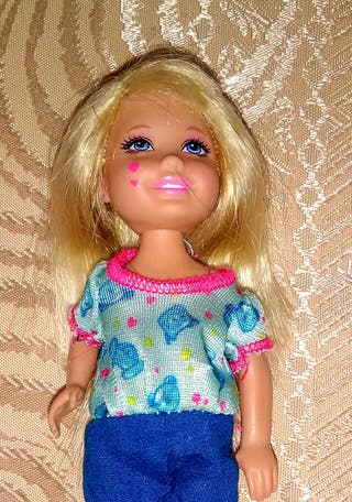 Muñeca Selly o Chelsea hermana de Barbie
