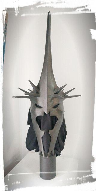 máscara Saurom