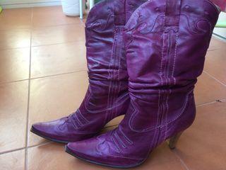 Botas piel cowboy moradas - ciruela