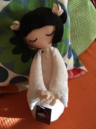"Muñeca de novia ""Kumi"""