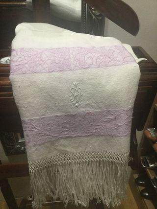 Antigua toalla