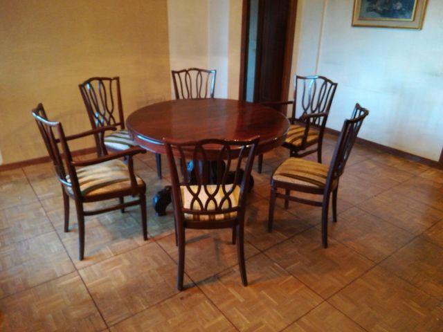 Conjunto mesa comedor y sillas antiguo de segunda mano por 150 € en ...