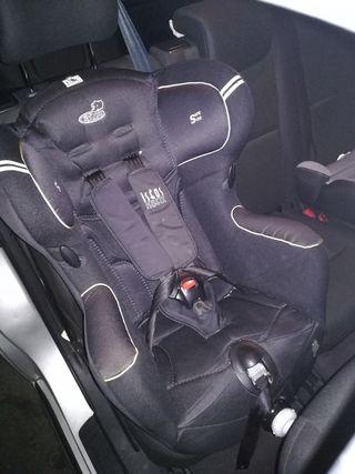 Silla infantil para coche. Iseos de Bebe Confort