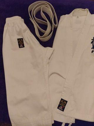traje de artes marciales