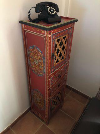 Mueble artesanal persa