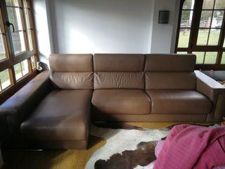sofa polipiel con chaislonge.