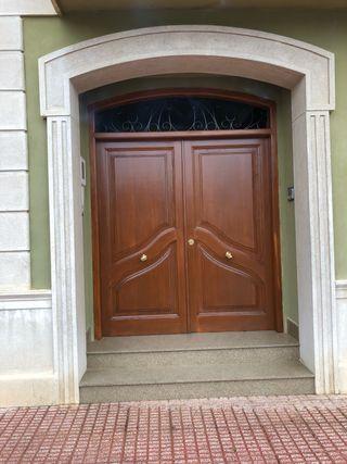 Lijado y restauración de puertas y ventanas