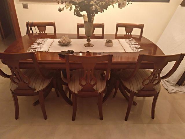 Oferta mesa de comedor y 6 sillas de segunda mano por 300 € en Palma ...